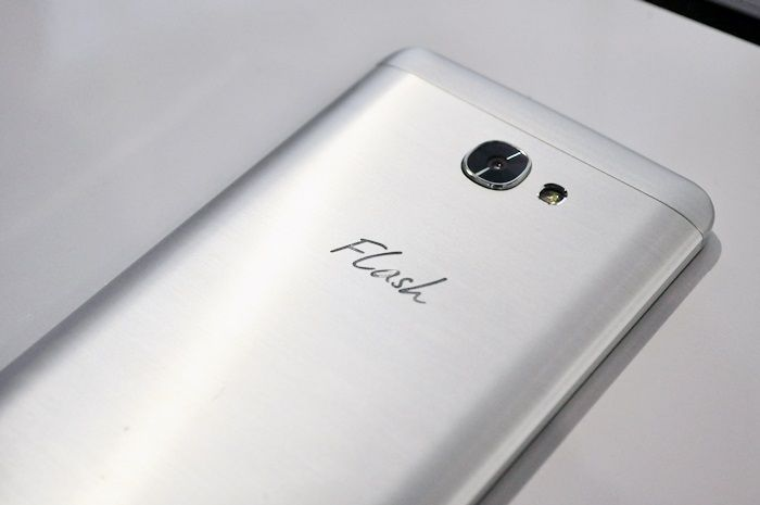 Flash Plus 2